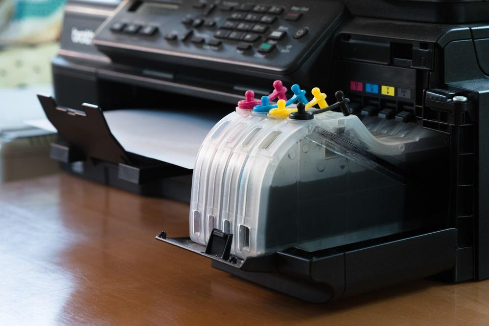 Choisir une imprimante à cartouches rechargeables