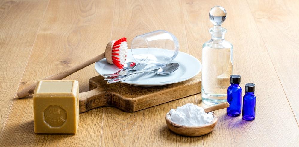 liquide vaiselle au savon noir et savon de marseille