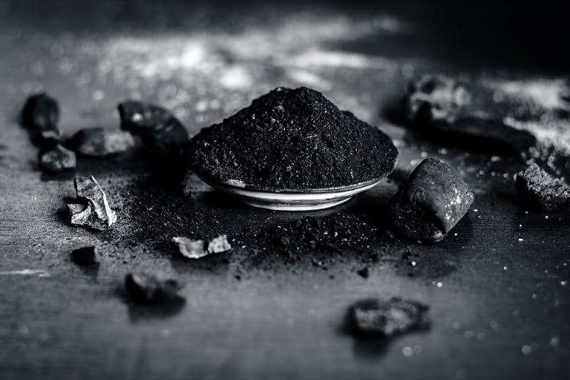 Dentifrice au charbon végetal